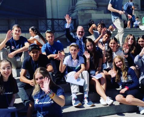Rabbi Stochel with freshmen on their orientation to Ramaz in 2019